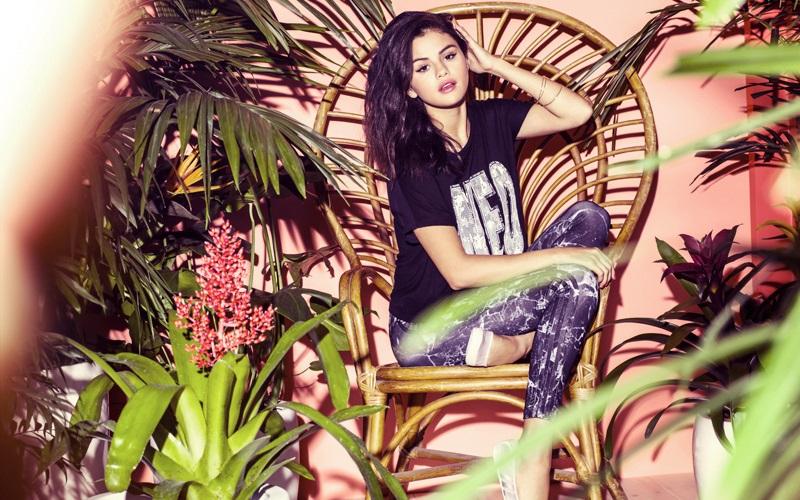 Adidas-Neo-Label-Selena-Gomez-2015-10