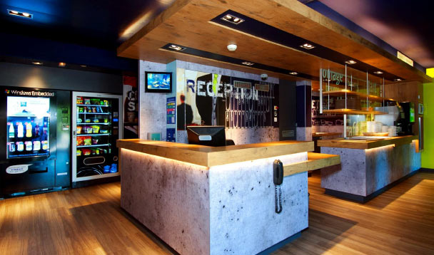 Le groupe Accor agrandit son parc hôtelier de Paris-Orly